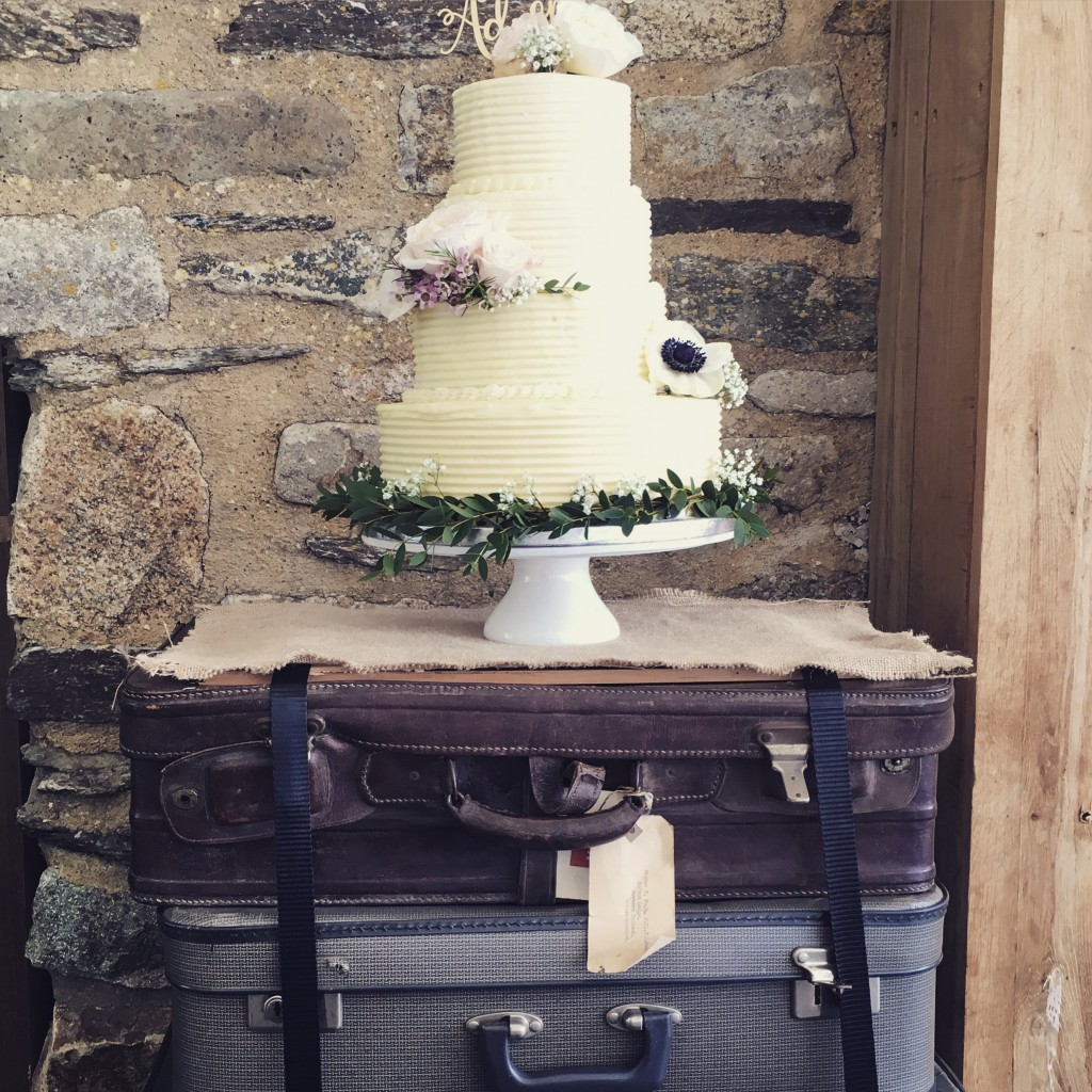 Cakes - Wedding Cakes by Trevenna Wedding Cornwall
