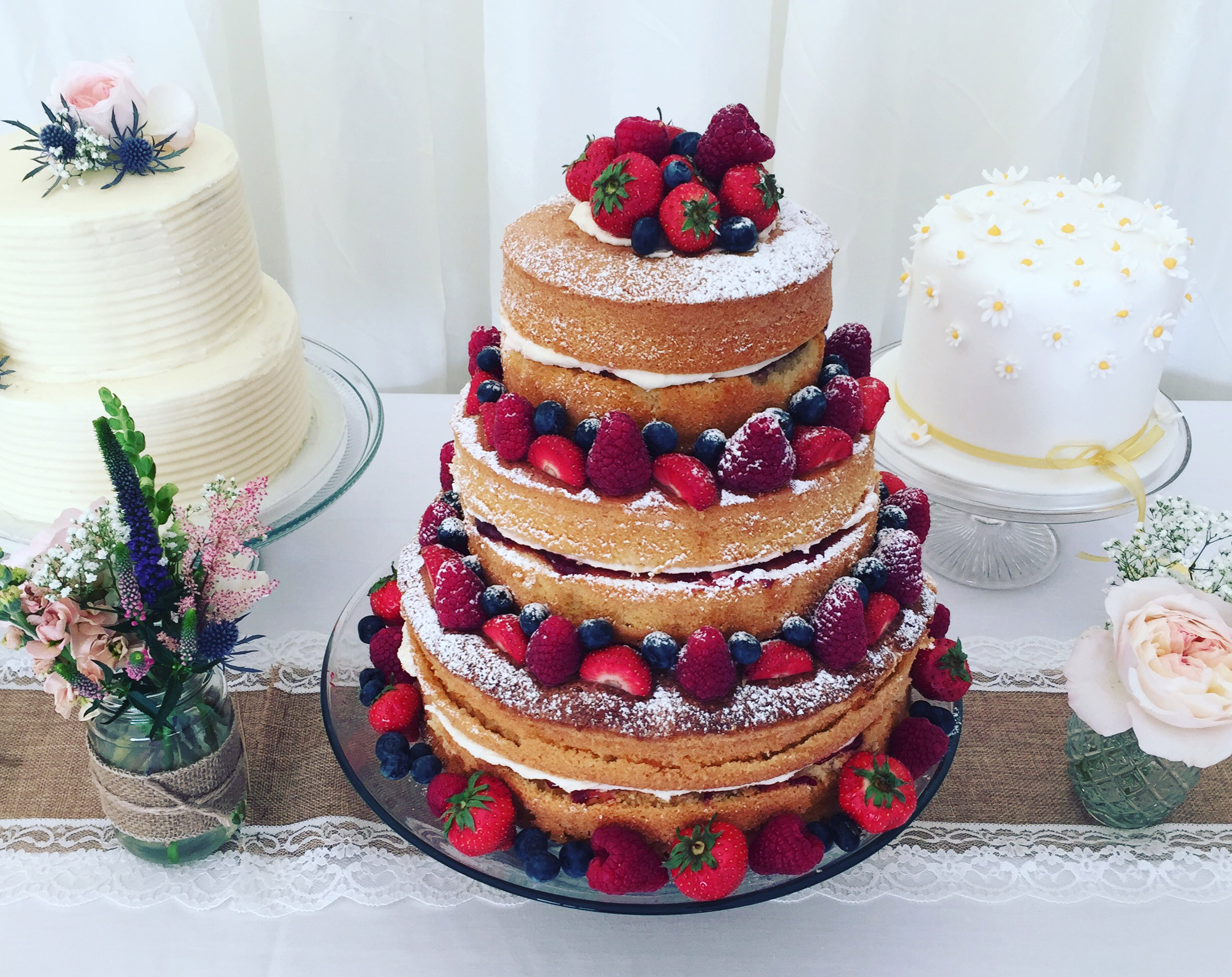 stacking sponge wedding cakes wedding cakes by trevenna exclusive use weddings cornwall 20475